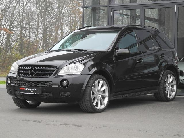 Mercedes-Benz ML 63 AMG 4-Matic, 1. Hand, 7G-Tronic