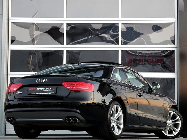 Audi S5 Coupe 4.2 FSI quattro, Panorama, Kamera etc..